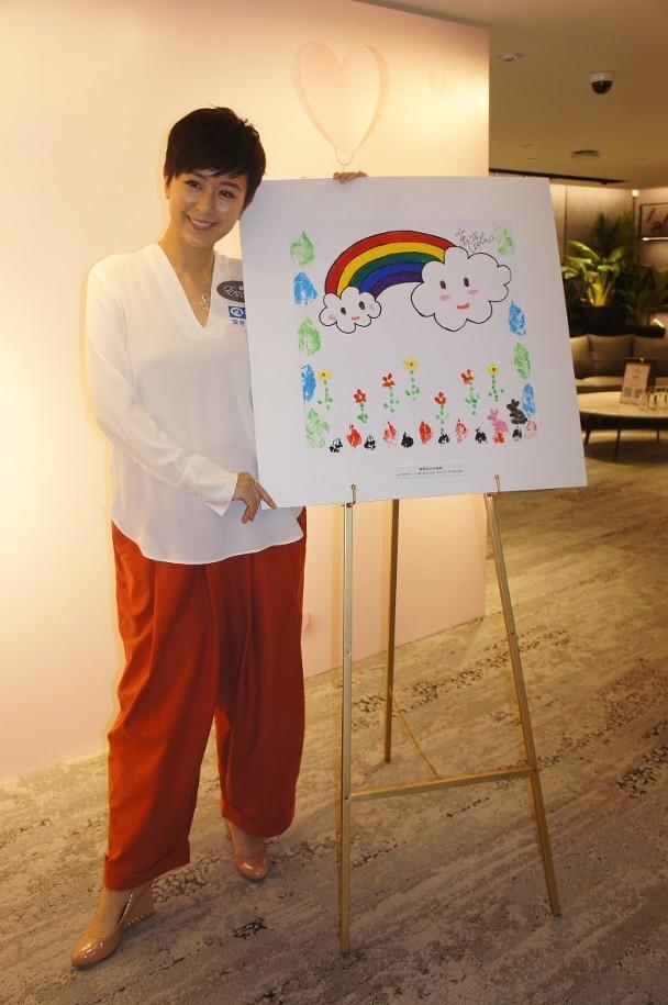 38岁前TVB小花离婚近两年独力照顾一对子女 曾是街知巷闻的小童星