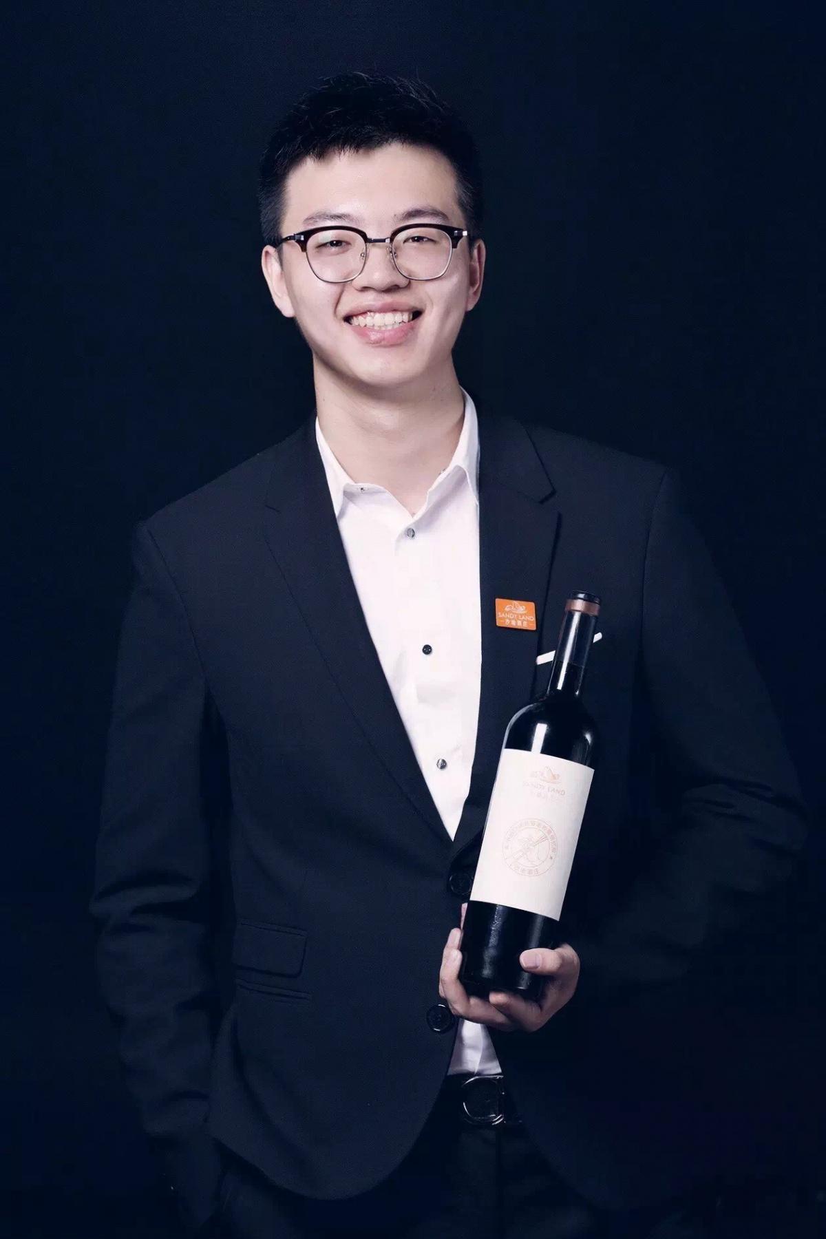 WBO葡萄酒商业观察专访—沙地酒庄董事长奚嘉伟