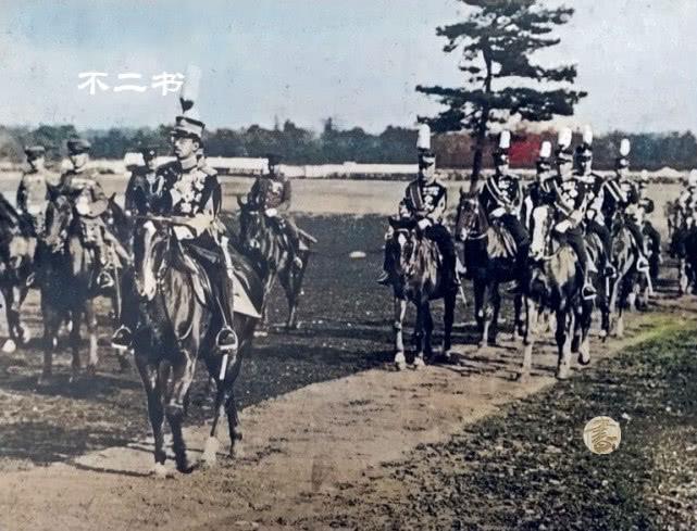 上色老照片:20世纪30年代的日本,脱亚入欧开放之风盛行