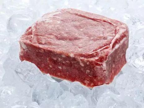 冰箱拿出来的肉解冻慢?教你4个小妙招解冻肉,保留营养解冻快