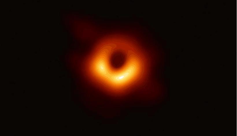 """史上首度曝光的黑洞有名字了:""""Powehi"""" 意为""""无限创造的黑暗"""