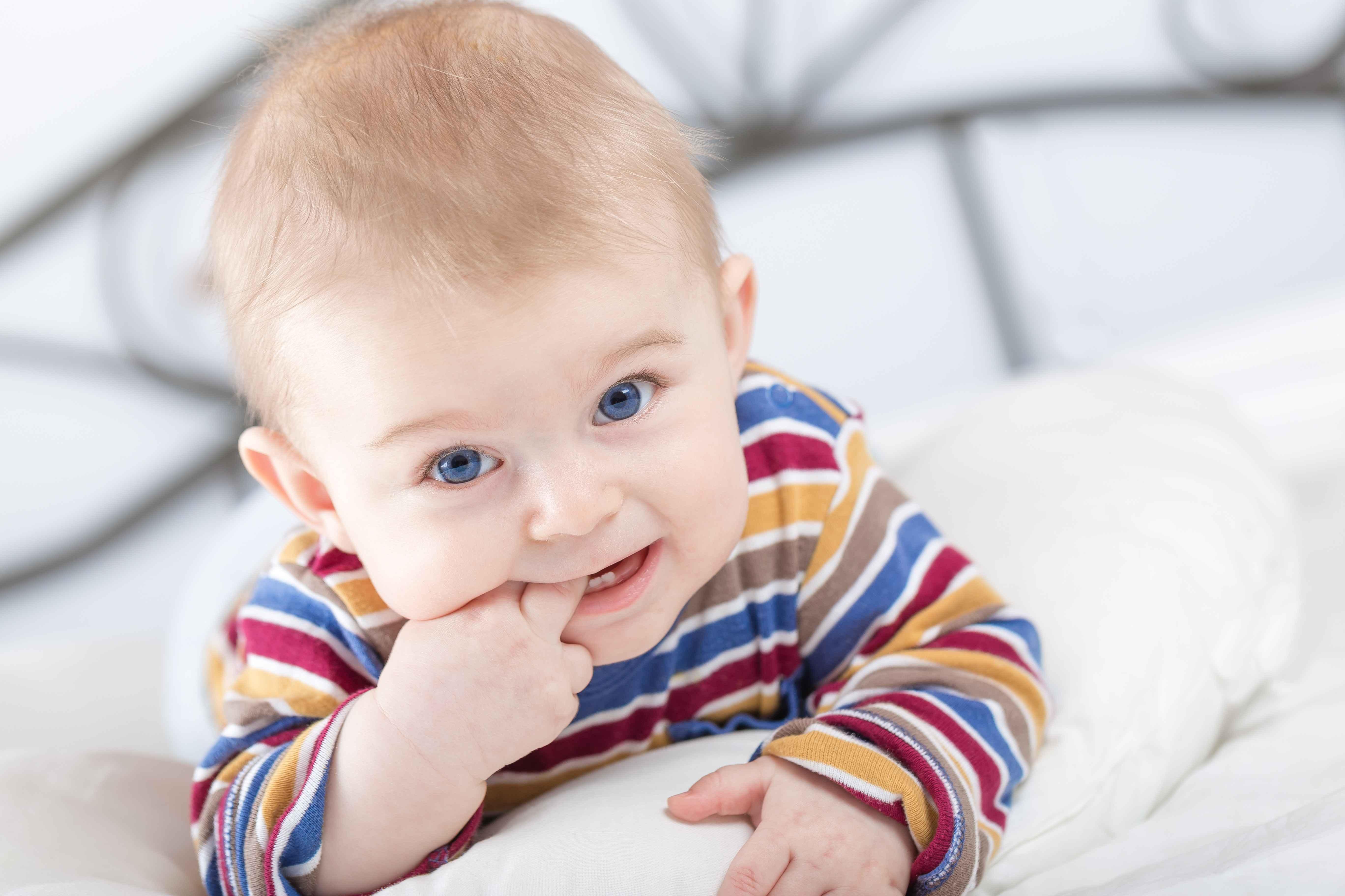 宝宝拉肚子就是腹泻?妈妈请了解清楚再做确定!