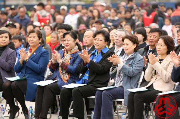 """庆祝新中国成立70周年北京基层社区""""妇女之家""""联动活动"""