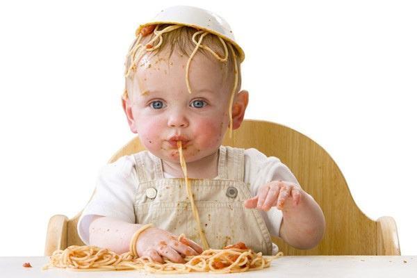 熊孩子不好好吃饭?6招让宝宝爱上吃饭