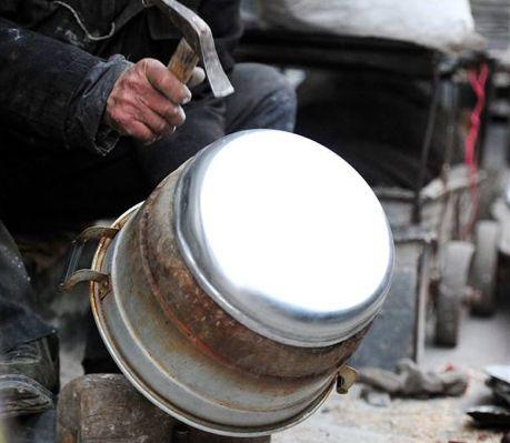 龙门阵 | 砸锅卖铁,他们是老成都的匠人