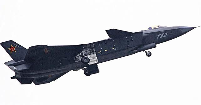 中国最主要的三大飞机制造商,歼31并没被放弃,沈飞南迁望改变