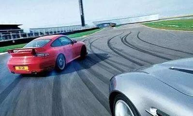 北汽造国产最贵跑车,百公里加速2.9秒,售价1000万