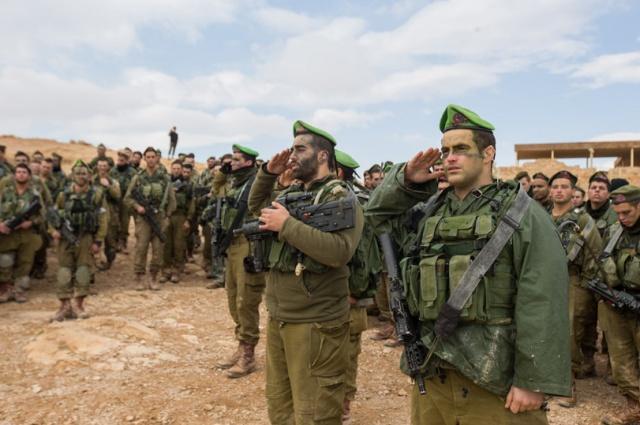 以色列坦克连续开火,7座哨所一天内全被摧毁,陆军战斗力和空军一样强