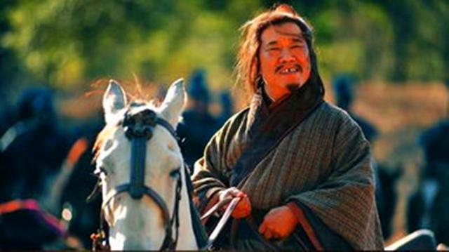 庞统死前交给刘备的一样东西,刘备看后伤心欲绝,诸葛亮失声痛哭