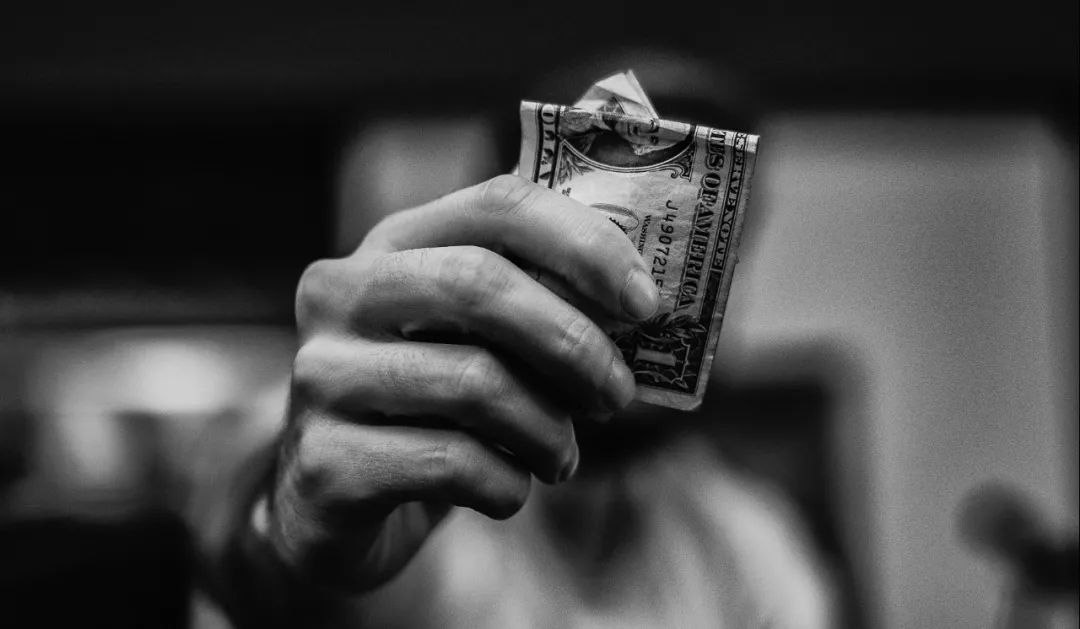 吃客损、赚手续费。。。这家公司一年骗了1.5亿元,团伙成员大多是90后