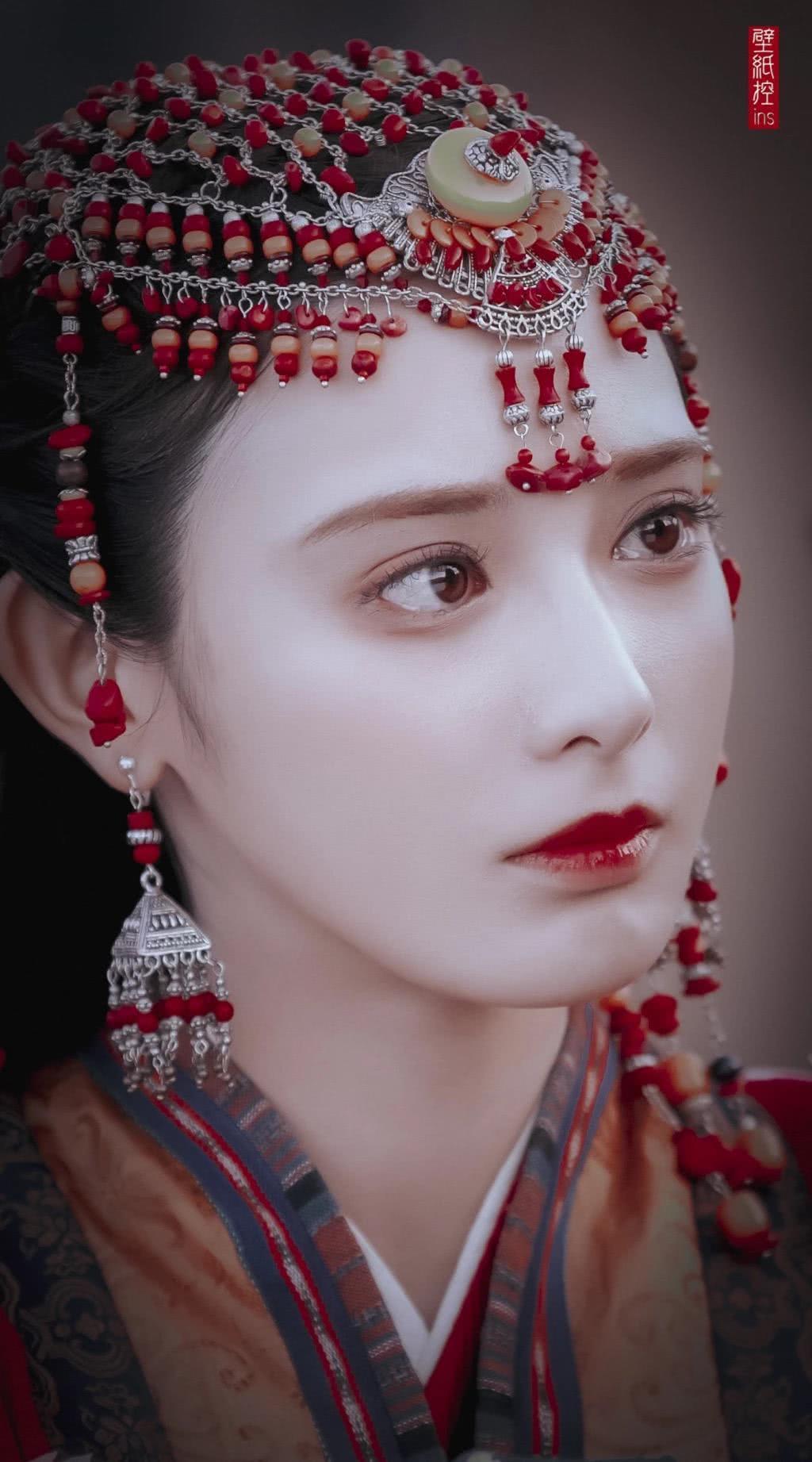 影視劇之中的異域風情小公主,彭小苒和熱巴都太讓人驚艷了_角色
