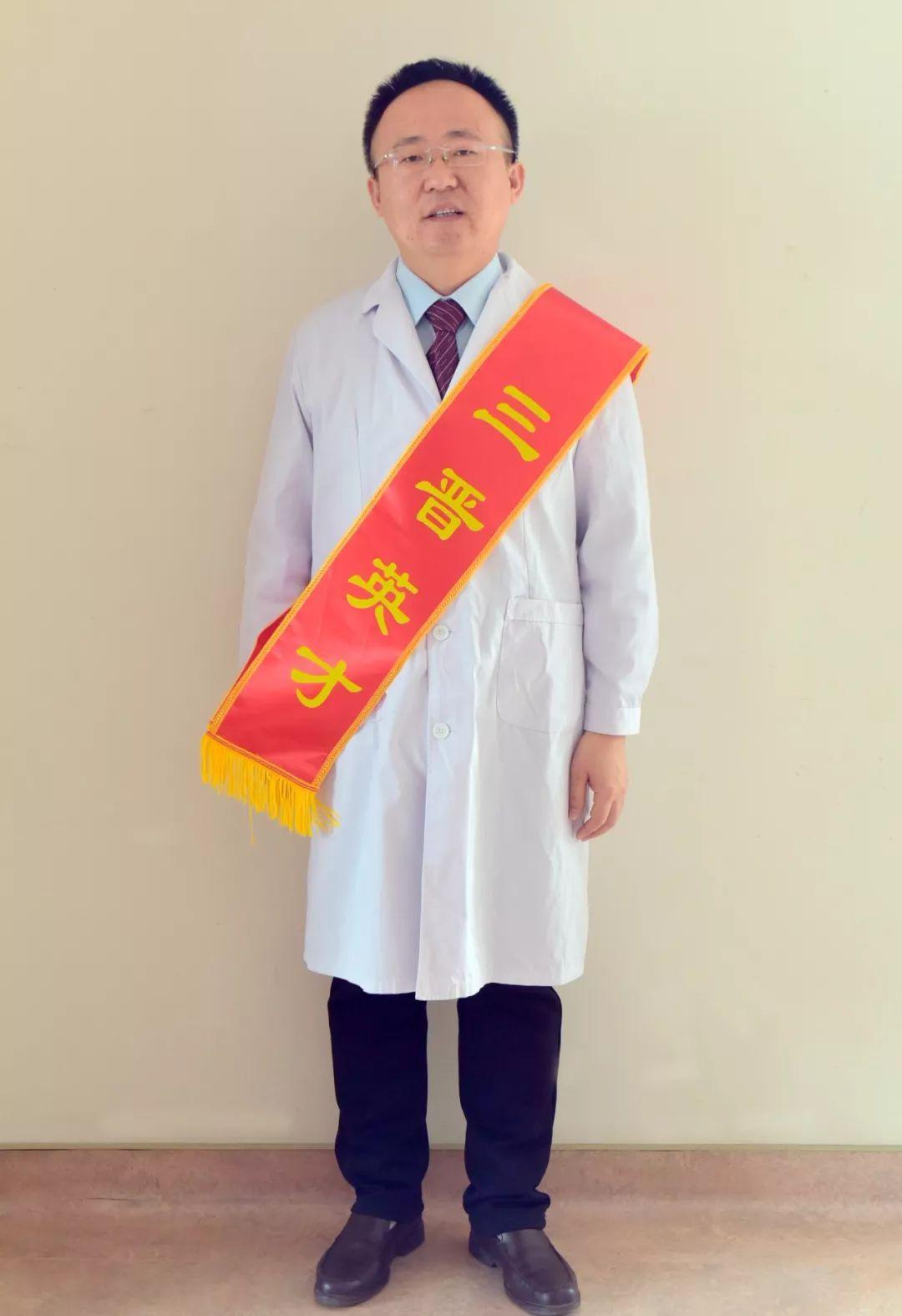 【三晋英才】系列报道|青年优秀人才——周围血管病疮疡科 李晓亮