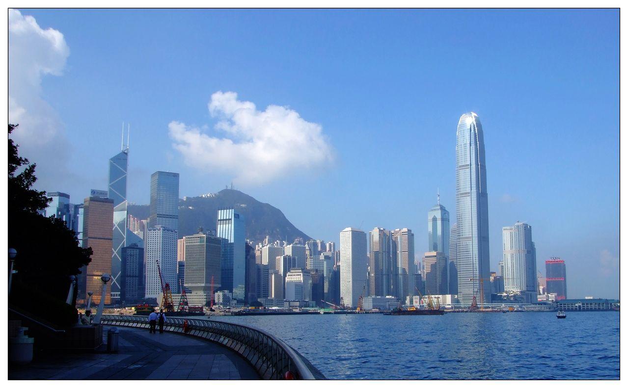 广西gdp落后西部_数据热 西部地区经济半年报 四川GDP总值最高,重庆人民最有钱