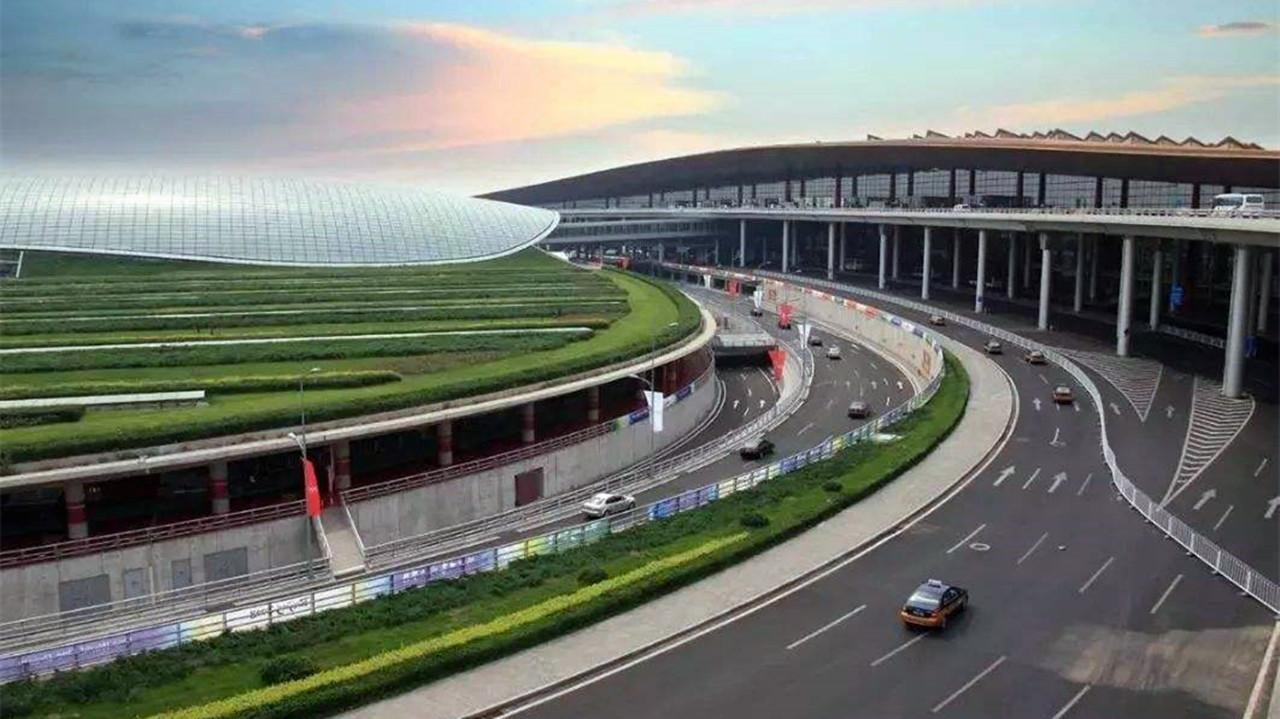 最繁忙的机场_深圳机场新航站楼启用