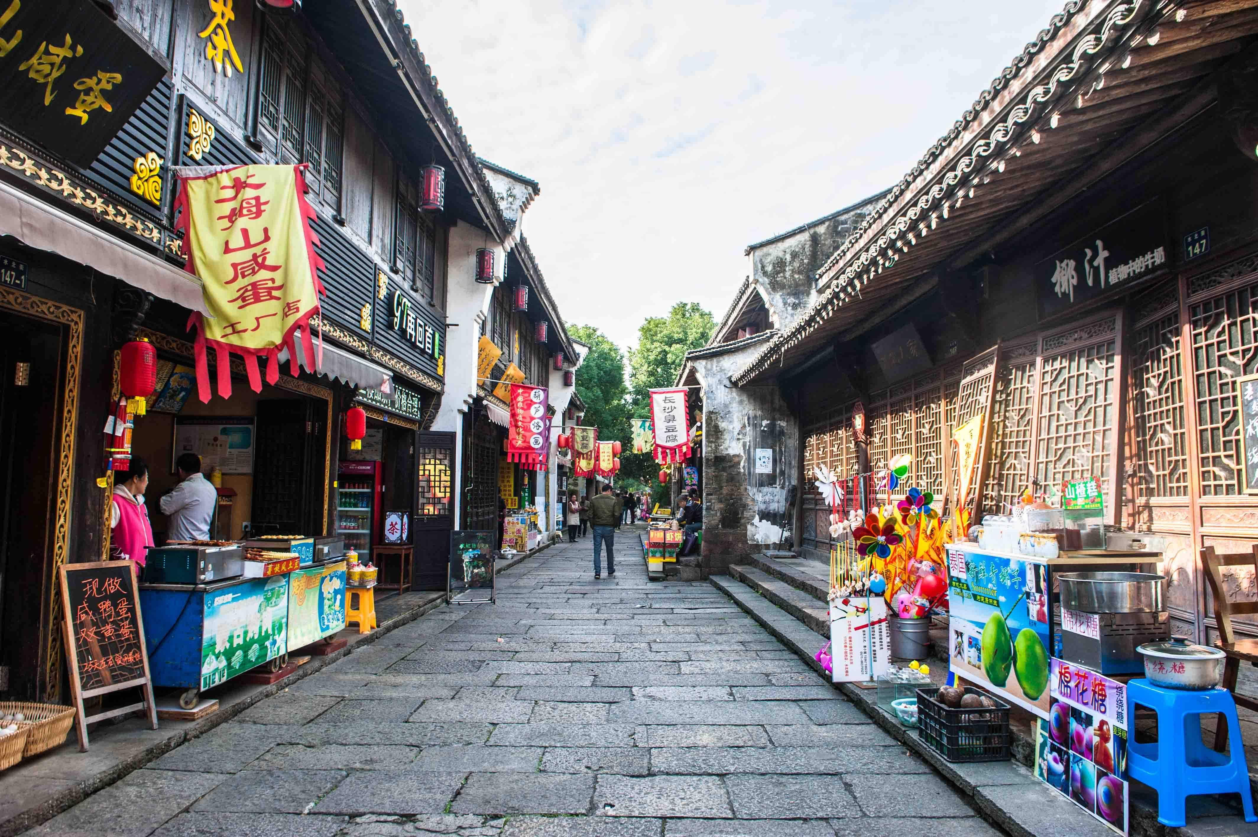 江南這個古鎮風景原始,至今都不對游客收門票,還是吃貨們的天堂