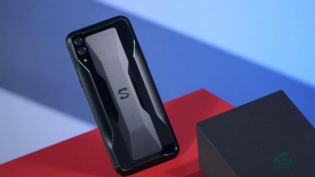 游戏手机哪家强?黑鲨,红魔,还是iQOO?
