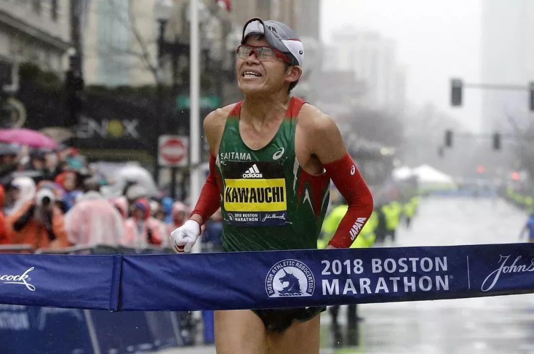 一跑入魂 | PB快了20多秒,他却是波士顿马拉松最失意的男人
