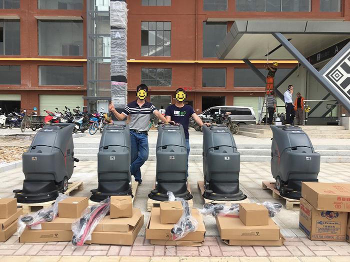 南宁地铁3号线首批高美洗地机入场_服务公司