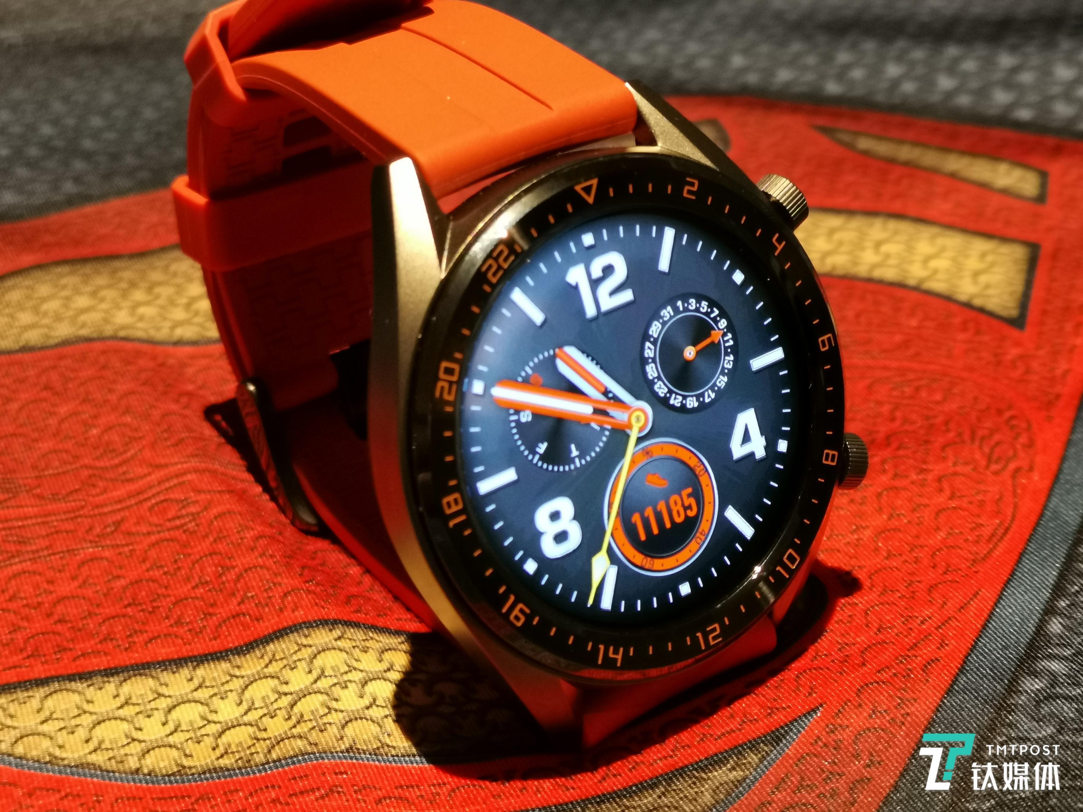 华为智能手表超长续航,心率监测,多运动模式,价格1488元