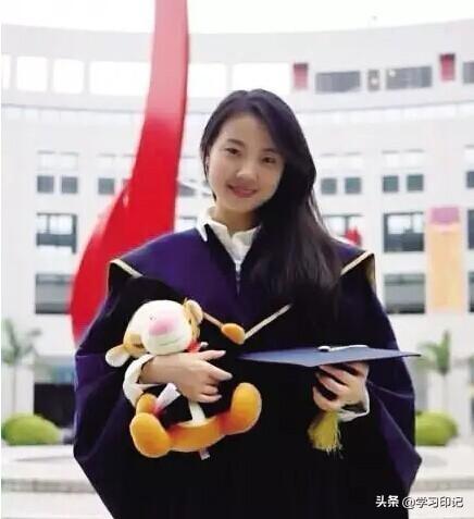 """她26岁担任中科大教授,漂亮而博识,被网友称为""""真正的女神""""!"""