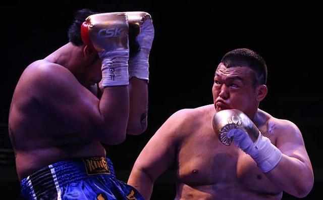 张君龙有实力打败约书亚,专家 促成比赛远比获胜更困难