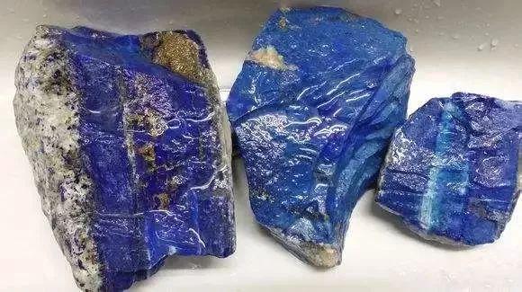 91原石APP]直接进入缅甸翡翠矿场采购的原石平台