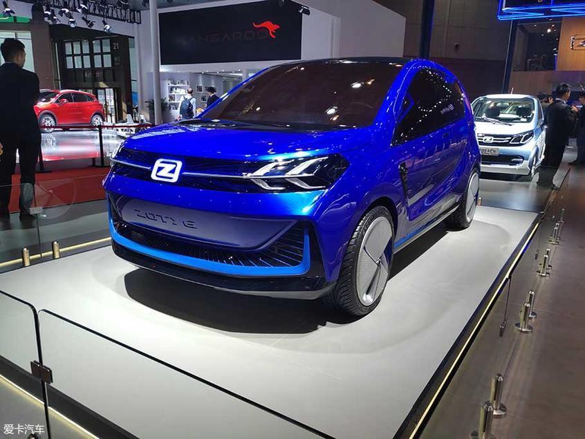 在此次上海车展上,Zotye ES330概念车亮相。