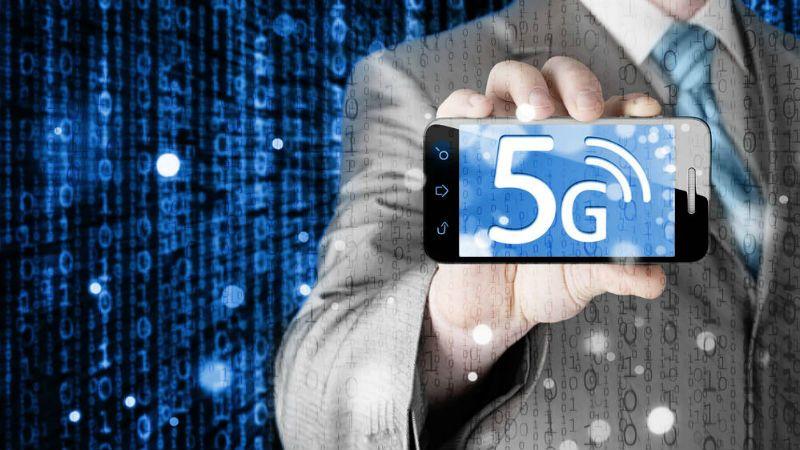 中国联通首批5G手机到位 已在北京西单开放公众体验_终端