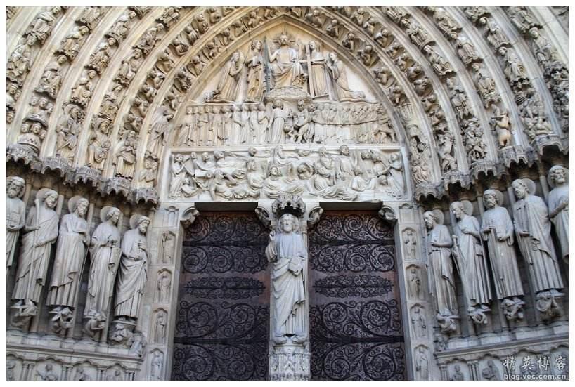 距圆明园被烧后百年,巴黎圣母院起火,网友表示 风水轮流转