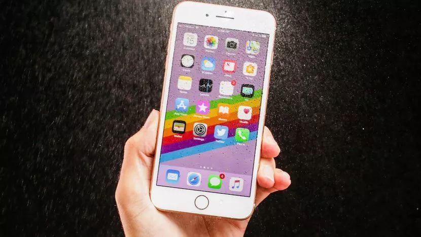 iPhone 8升级版曝光:明年见