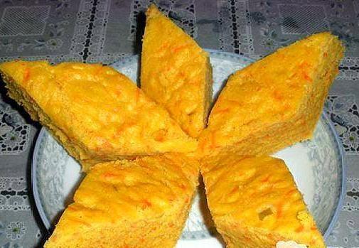 玉米面做的发糕真好吃,晶莹润泽,酸甜可口,不用揉面,做法简单