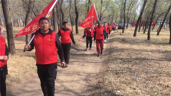 原平团市委组织开展2019年青年林植树活动