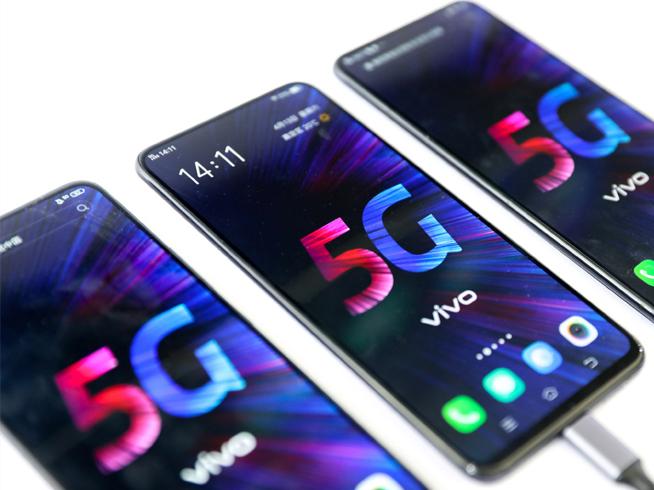 中国联通公布首批国行5G手机 能抢先用上5G网络的都在这