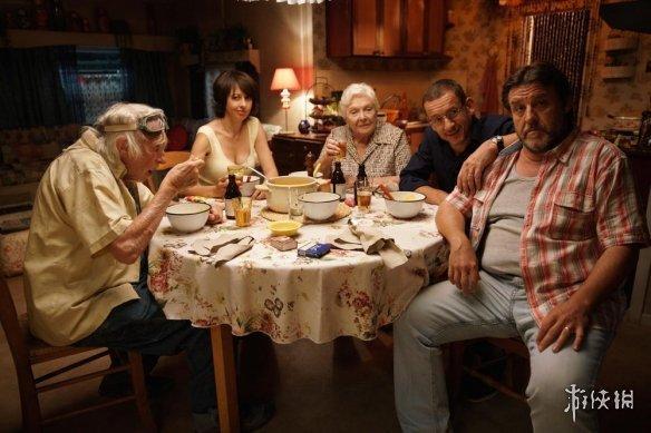 法国喜剧《?#38431;?#26469;北方2》宣布定档5月10日上映!