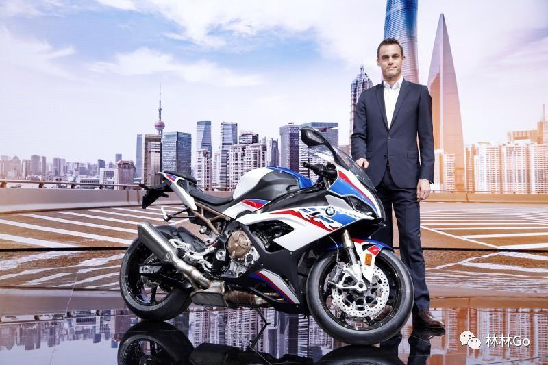 S1000RR摩托车也有宝马m套件?在2019上海车展上采访宝马副总裁