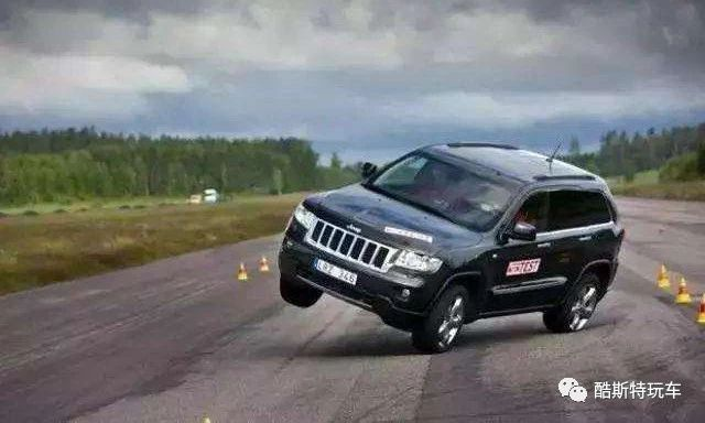 高速汽车抛锚图片_关于汽车底盘高低,竟然还有这么多的奥秘!_路面