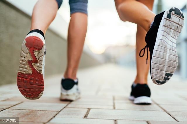 一天中什么时间跑步锻炼减肥效果最好呢?