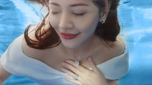 从普通到惊艳,一份专属于精致女人的曼卡龙珠宝日记