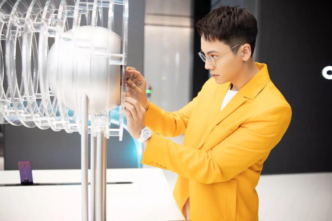 OPPO北京超级旗舰店开业 今年将完成四大一线城市布局