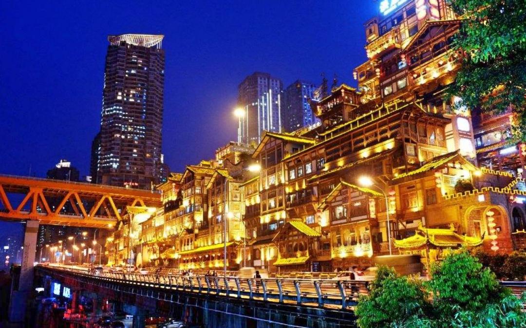 重庆这个不出名的小众景区,却有让人震撼的千手观音造像
