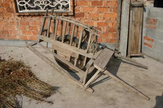 """農村瀕臨滅絕的""""老東西"""",不見得多值錢,但農民看到就回憶滿滿"""