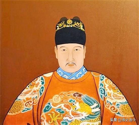 即朱标乃是马皇后亲生,是朱元璋的嫡长子(也有一种说法:马皇后没有亲生子女,朱标只是长子,不是嫡子).