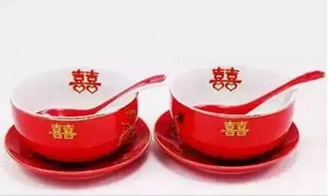 喜庆结婚时用的瓷碗