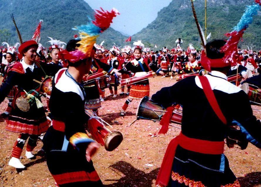 全世界巴瑶族人口有多少人_巴瑶族人