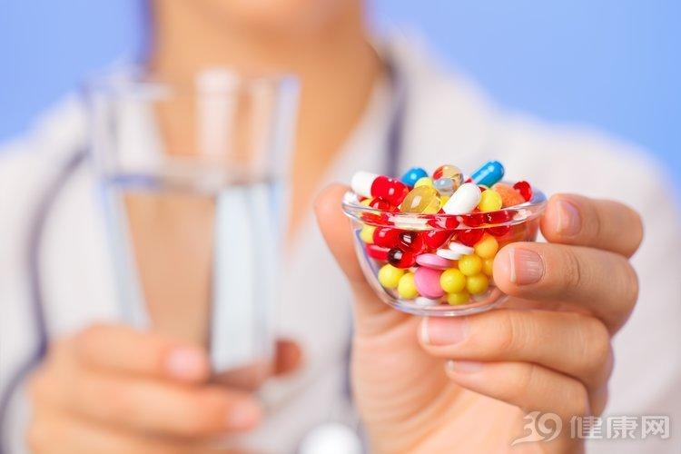 奥美拉唑经常吃,副作用你知道吗?常见的有4种