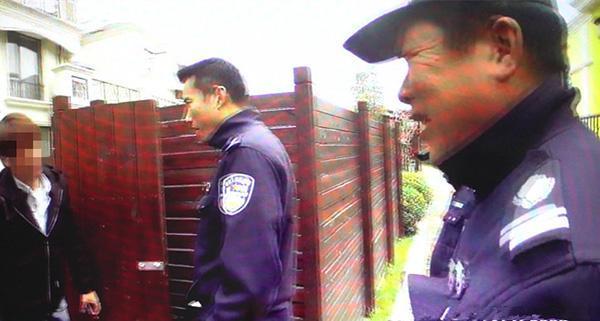 两男子搭建窝点欲实施电信诈骗 民警上门登记信息一眼识破