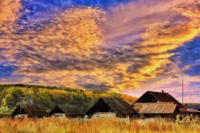 内蒙古这个村庄只有8户人家,?#35789;?#34987;世人遗忘的天堂!