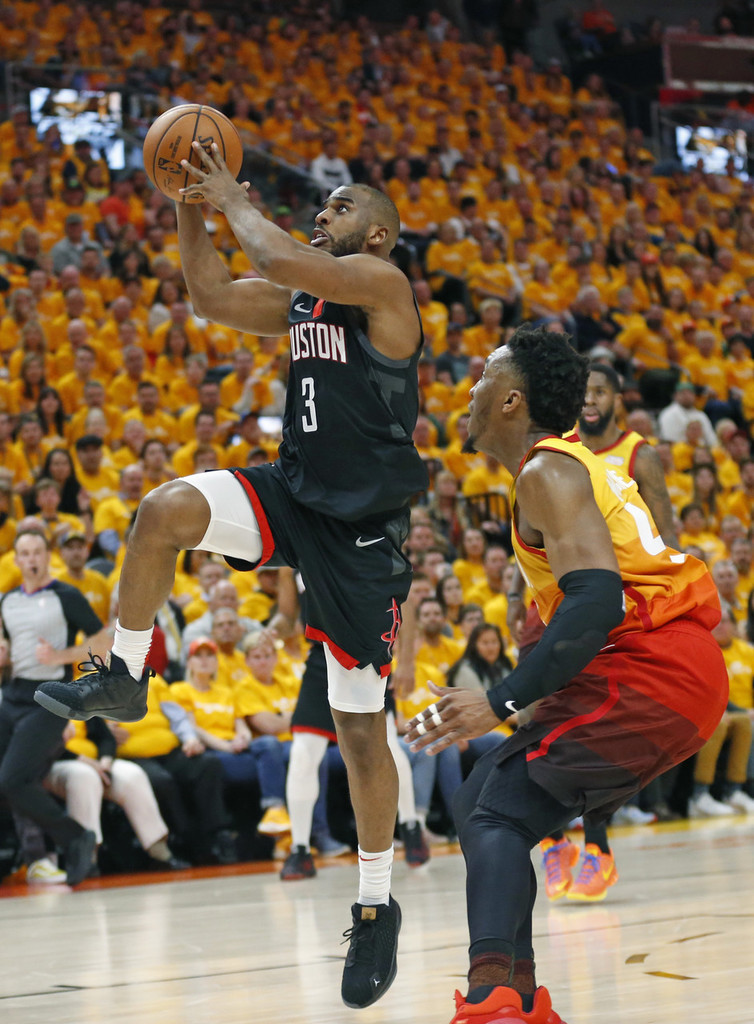 """""""今天塔克最后的两个篮板对于火箭来说确实非常重要,如果没有塔克今天的篮板的话,"""