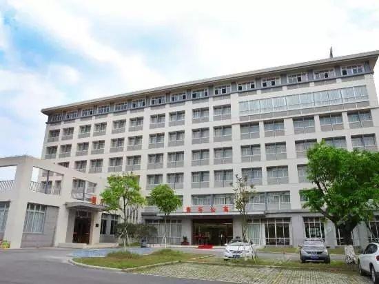 有空调 不断网 广东哪些高校宿舍待遇这么好