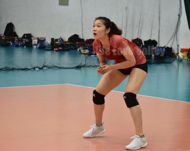 中国女排集训消息,她狠练发球,袁心玥一举动令人动容,她不容易